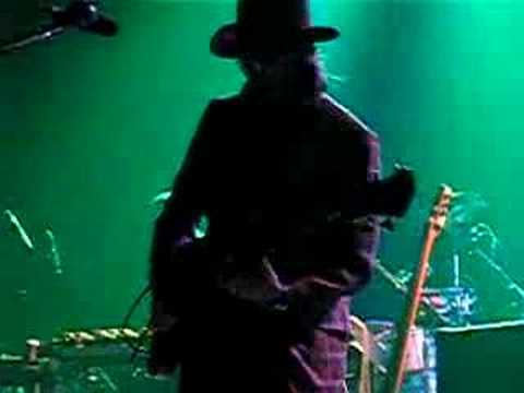 Les Claypool One Better bass solo Philadelphia