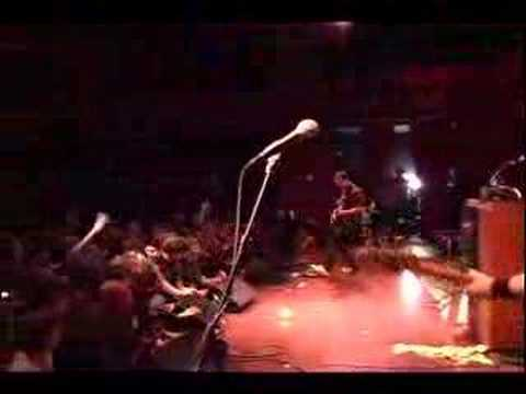 Les Savy Fav: The Sweat Descends (Live at NYU)