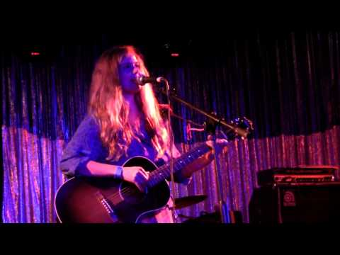 Leslie Stevens (Leslie and the Badgers)- Here Comes the Sun (George Harrison / Beatles Cover)