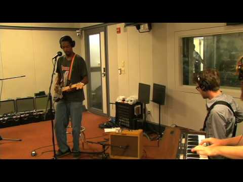 Black Joe Lewis & the Honeybears - I`m Broke (In-studio on WFUV)