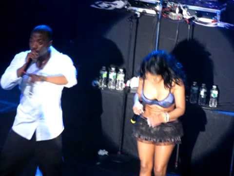 Lil` Kim & Ray J Take Shots at Nicki Minaj [KidduNot.com]