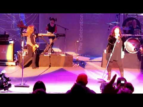 """Barracuda"" (Live) - Heart - Lilith Fair - Mtn. View, Shoreline - July 5, 2010"