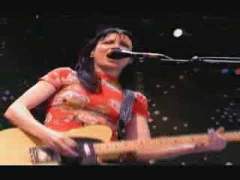 Meredith Brooks - Bitch at lilith fair.flv