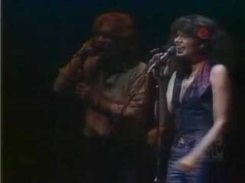 Linda Ronstadt - It`s So Easy (LIVE)