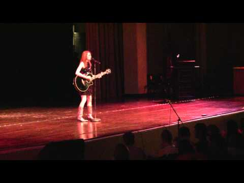 Lindsay Harper Singing Fearless by Taylor Swift- FCHS FBLA Talent Show 2010