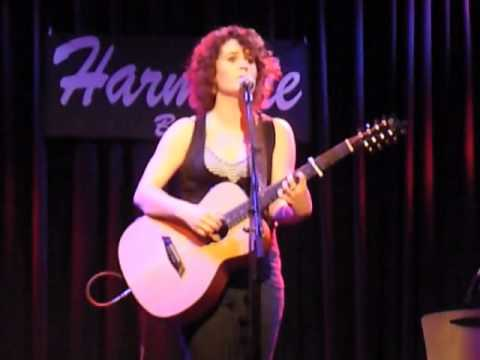 """Lisbee Stainton ~ """"Girl On An Unmade Bed"""" live in Bonn 2010"""