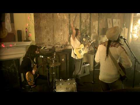 Lissie - Little Lovin` (Live)