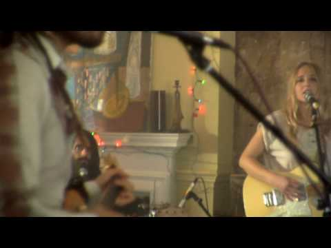 Lissie - Wedding Bells (Live)