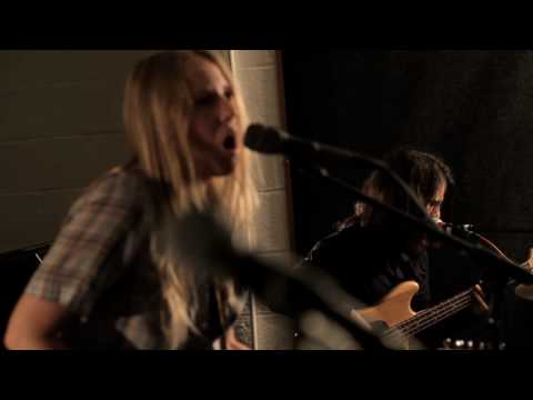 Nothing Else Matters - Metallica live cover - Lissie