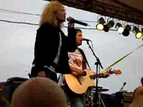 Little Big Town - Boondocks (Live at Winstock 2006 )