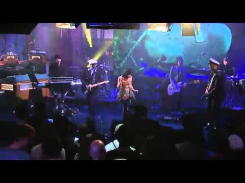 Gorillaz - Empire Ants (Live On Letterman)