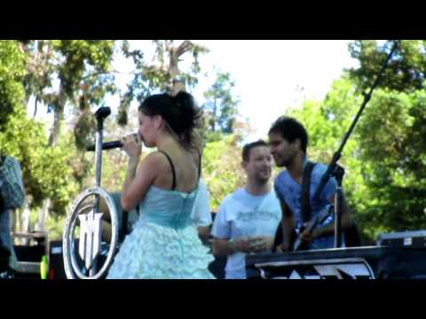 Flyleaf - How He Loves Us Live @ BFD 2010