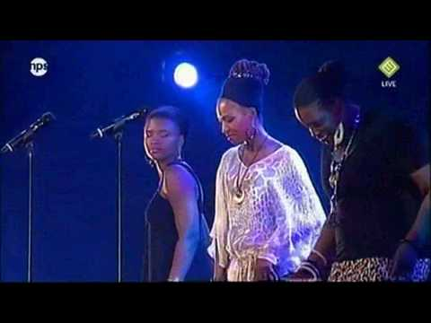Lizz Wright, Dianne Reeves & Simone - Four Women (NSJ `09)