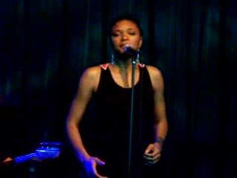 "Lizz Wright ""Speak Your Heart"" Highline Ballroom NYC"