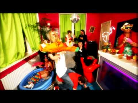 Chuckie & LMFAO - Let The Bass Kick in Miami Bitch
