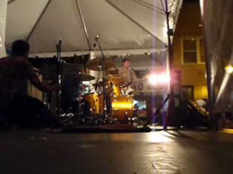 "Local H - Bound to the Floor (and ""25 or 6 to 4"") (West Fest 2009)"