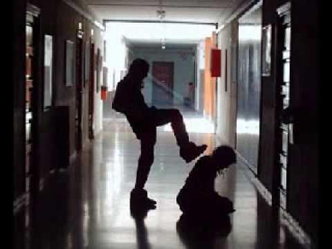 Voces en mi interior (porta y Santaflow) contra el maltrato escolar