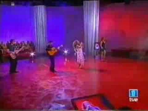 "7-Flamenco:Lolita Flores,`Un Regalo A Mi Madre,""El Lerele""."