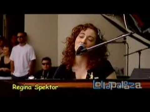Regina Spektor - Poor Little Rich Boy (Lollapalooza 2007)