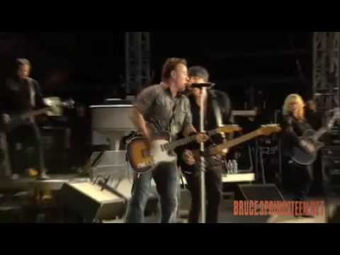 Bruce Springsteen & ESB - London Calling (Hyde Park June 28 Pro-shot)