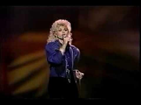 """Lorrie Morgan-""""Dear Me,"""" July 1989"""