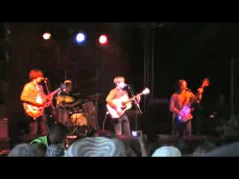 The Coral - Spanish Main & Who`s Gonna Find Me - Lounge on the Farm 2008