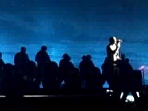 Kanye West- Love Lockdown LIVE at the 2008 VMA`s