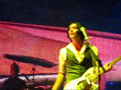Placebo Live @ Lucca 2010 - Ashtray Heart