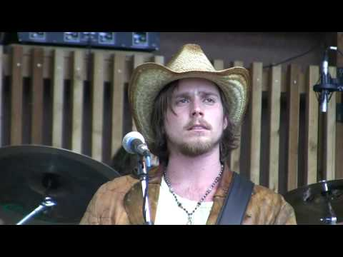 Lukas Nelson Promise Of The Real - Sound Of Your Memory