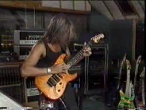 George Lynch - Dance of the Dogs (Lynch Mob)
