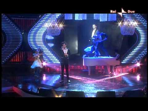 MARCO MENGONI - IL NOSTRO CONCERTO (BINDI) (X-Factor 3, 11a puntata, 18/11/09) - HQ