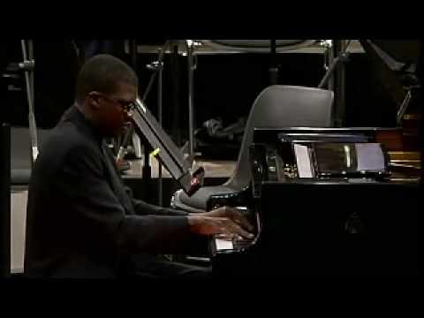 Gershwin Rhapsody in Blue by Ozawa & Marcus Roberts Trio 3-3