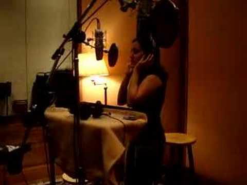 Mariachi Divas, Valerie, in studio recording Cien A�os-New C