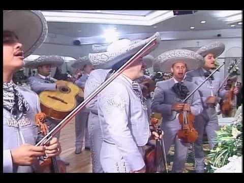 """Boda De Alvaro y Rosa Paulino - Agosto 12, 2005 - Mariachi Vargas De Tecalitlan """"Sabes Una Cosa"""""""