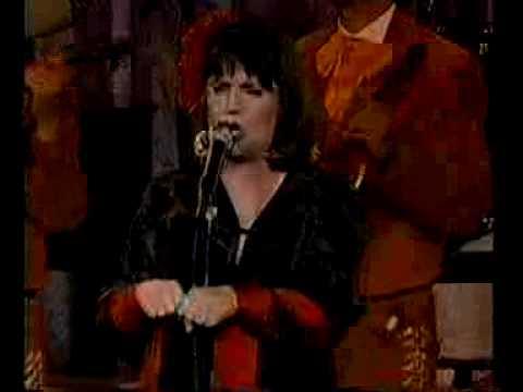 """Linda Ronstadt with Mariachi Los Camperos """"La Charreada"""""""