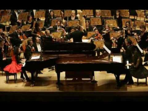 Katia & Marielle Labeque play Poulenc Concerto in D for 2 pianos - (1/3)