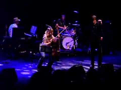 Isobel Campbell + Mark Lanegan - Ballad Of The Broken Seas