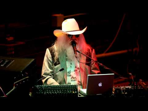 "Live at Knuckleheads: Leon Russell, ""If it Wasn`t for Bad"" New Song"
