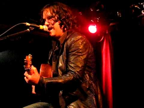 "Jeff Martin ""Requiem"" ""Hurt"" live in Montreal"