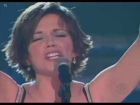 Martina McBride - Concrete Angel (Grammy`s)