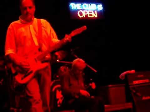 "Guided by Voices ""Long Live the Weekend"" LIVE Matador at 21 10/2/10"