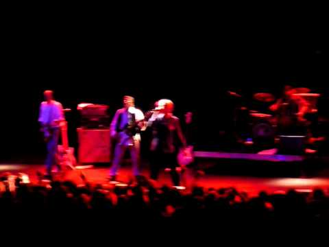 "Guided By Voices ""Striped White Jets"" Live @ Matador 21 (10/2/10)"