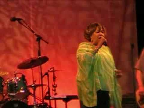 Mavis Staples - Freedom Highway