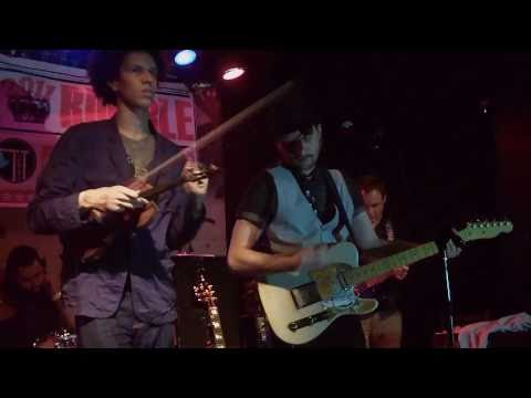 """I`m Shipping Up To Boston"" Cover by McAlister Drive at TT the Bears 4/3/11"