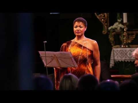 """Ris�r in New York: Brueggergosman performs Mahler`s """"Wenn mein Schatz Hochzeit macht"""""""
