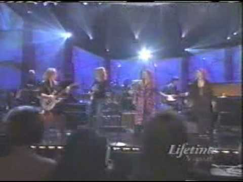 Heart - Barracuda (Live at Women Rock! 2000)