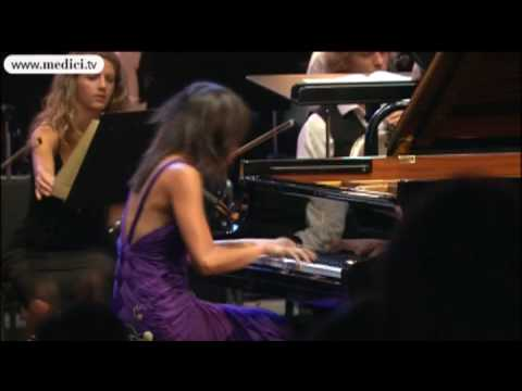 Mendelssohn piano Concerto No. 1 - Yuja Wang, Kurt Masur