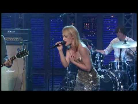 "Metric - ""Help I`m Alive"" on Letterman 7/17 (TheAudioPerv.com)"