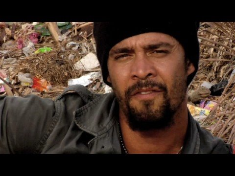 Michael Franti: Hey World (Don`t Give Up)