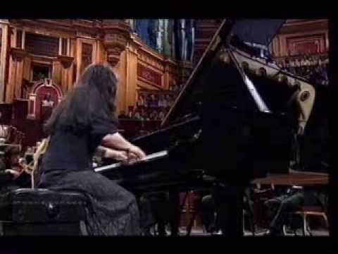 Argerich & Tilson-Thomas/SFSO - Schumann concerto, movt. III